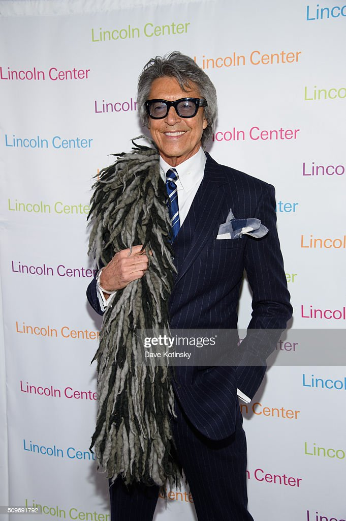 Tommy Tune arrives at Lincoln Center's American Songbook Gala Honors Lorne Michaels at Lincoln Center for the Performing Arts on February 11, 2016 in New York City.