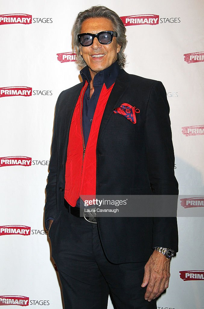 <a gi-track='captionPersonalityLinkClicked' href=/galleries/search?phrase=Tommy+Tune&family=editorial&specificpeople=208783 ng-click='$event.stopPropagation()'>Tommy Tune</a> attends the 2013 Primary Stages Annual Gala at The Edison Ballroom on November 11, 2013 in New York City.