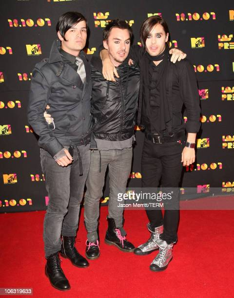 Tomo Milicevic Shannon Leto and Jared Leto of 30 Seconds to Mars arrive at the Los Premios MTV Latin America 2007 at the Palacio de los Deportes on...