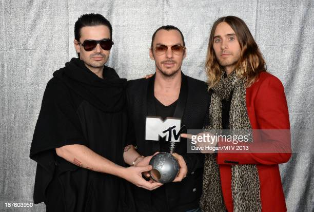 Tomo Milicevic Shannon Leto and Jared Leto of Thirty Seconds To Mars pose with the Best Alternative award in the Exclusive Backstage Studio at the...