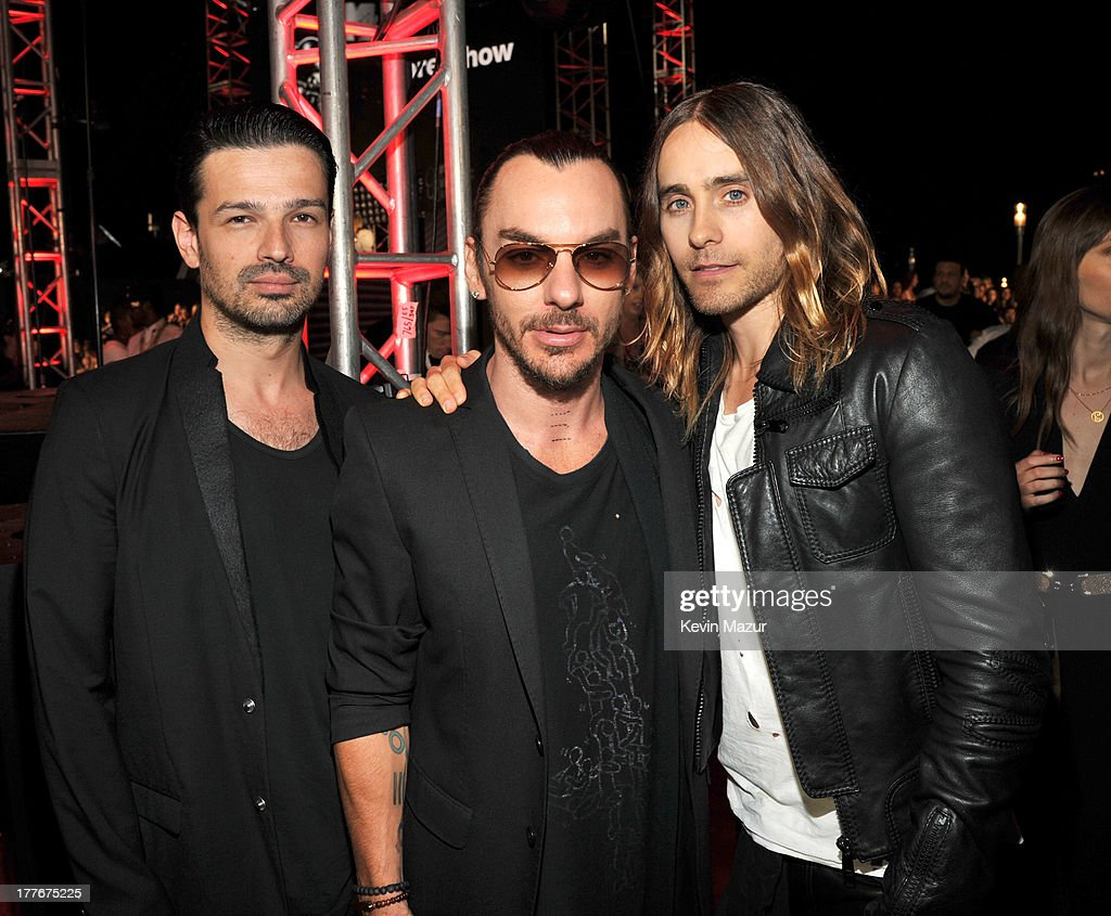 <a gi-track='captionPersonalityLinkClicked' href=/galleries/search?phrase=Tomo+Milicevic&family=editorial&specificpeople=1359203 ng-click='$event.stopPropagation()'>Tomo Milicevic</a>, <a gi-track='captionPersonalityLinkClicked' href=/galleries/search?phrase=Shannon+Leto&family=editorial&specificpeople=764946 ng-click='$event.stopPropagation()'>Shannon Leto</a>, <a gi-track='captionPersonalityLinkClicked' href=/galleries/search?phrase=Jared+Leto&family=editorial&specificpeople=214764 ng-click='$event.stopPropagation()'>Jared Leto</a> attend the 2013 MTV Video Music Awards at the Barclays Center on August 25, 2013 in the Brooklyn borough of New York City.