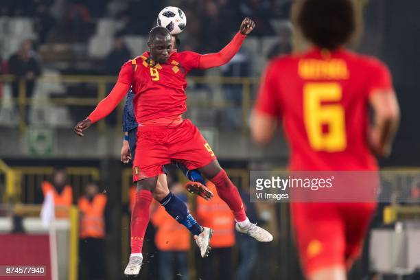 Tomoaki Makino of Japan Romelu Lukaku of Belgium during the friendly match between Belgium and Japan on November 14 2017 at the Jan Breydel stadium...