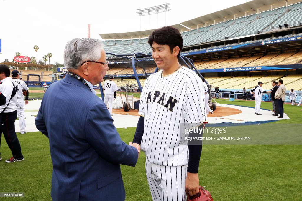 Tomoyuki Sugano #11 of Japan during a training session ahead of the World Baseball Classic Championship Round at Dodger Stadium on March 20, 2017 in Los Angeles, California.