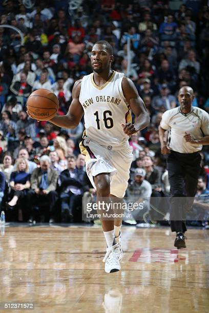 Toney Douglas of the New Orleans Pelicans drives to the basket against the Oklahoma City Thunder during the game on February 25 2016 at Smoothie King...