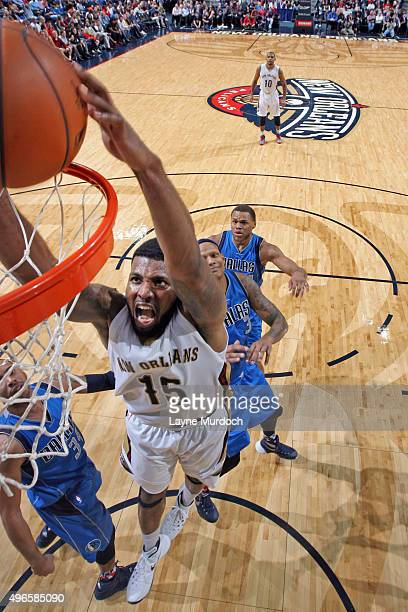 Toney Douglas of the New Orleans Pelicans dunks against the Dallas Mavericks during the game on November 10 2015 at Smoothie King Center in New...
