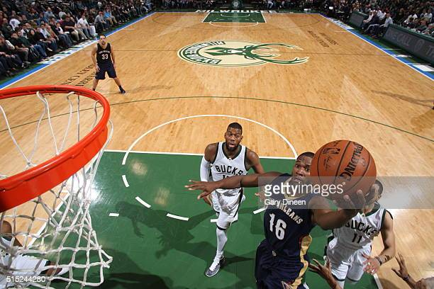 Toney Douglas of the New Orleans Pelicans goes to the basket against the Milwaukee Bucks on March 12 2016 at the BMO Harris Bradley Center in...