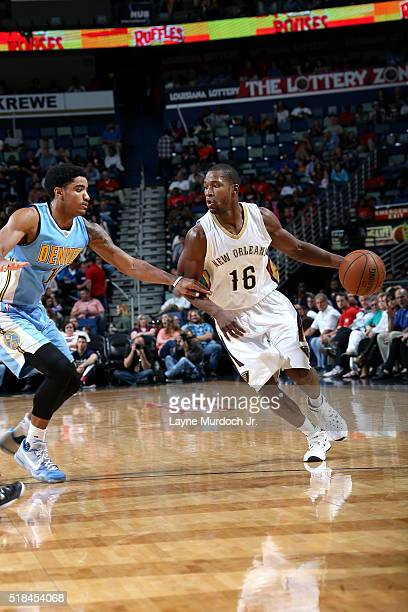 Toney Douglas of the New Orleans Pelicans handles the ball during the game against the Denver Nuggets on March 31 2016 at the Smoothie King Center in...