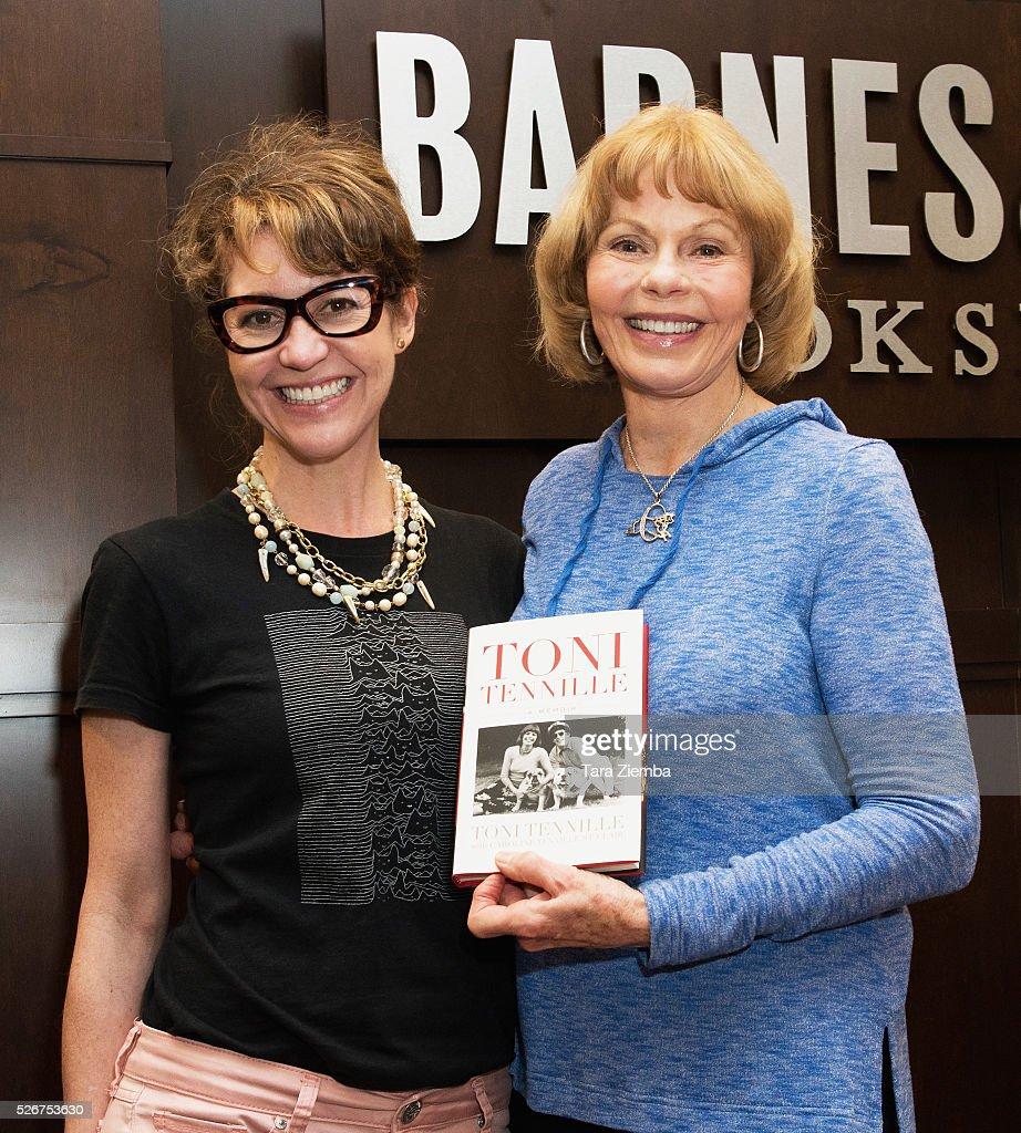 Toni and Caroline Tennille sign their new book 'Toni Tennille: A Memoir' at Barnes & Noble at The Grove on April 30, 2016 in Los Angeles, California.