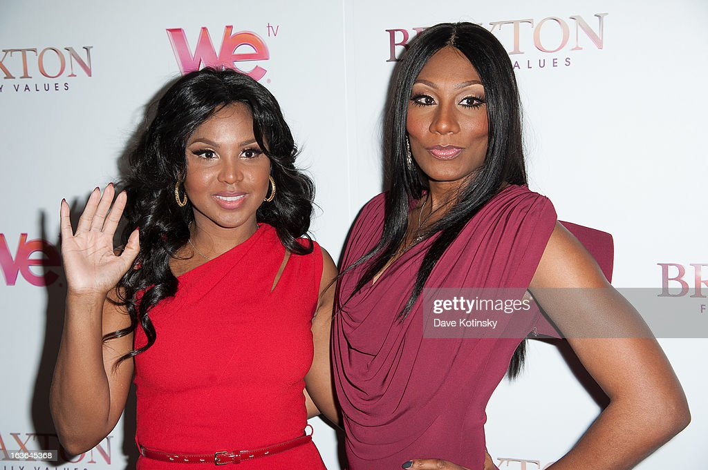 <a gi-track='captionPersonalityLinkClicked' href=/galleries/search?phrase=Toni+Braxton&family=editorial&specificpeople=213737 ng-click='$event.stopPropagation()'>Toni Braxton</a> (L) and Towanda Braxton attend the 'Braxton Family Values' Season Three premiere party at STK Rooftop on March 13, 2013 in New York City.