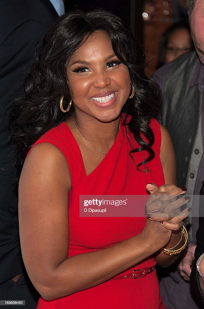 <a gi-track='captionPersonalityLinkClicked' href=/galleries/search?phrase=Toni+Braxton&family=editorial&specificpeople=213737 ng-click='$event.stopPropagation()'>Toni Braxton</a> attends the 'Braxton Family Values' Season Three premiere party at STK Rooftop on March 13, 2013 in New York City.