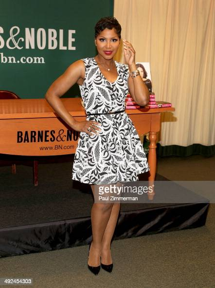 Toni Braxton promotes 'Unbreak My Heart A Memoir' at Barnes Noble 5th Avenue on May 20 2014 in New York City