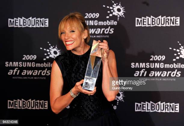 Toni Collette poses with the International Award for Best Actress for United States of Tara during the 2009 Samsung Mobile AFI Awards at the Regent...