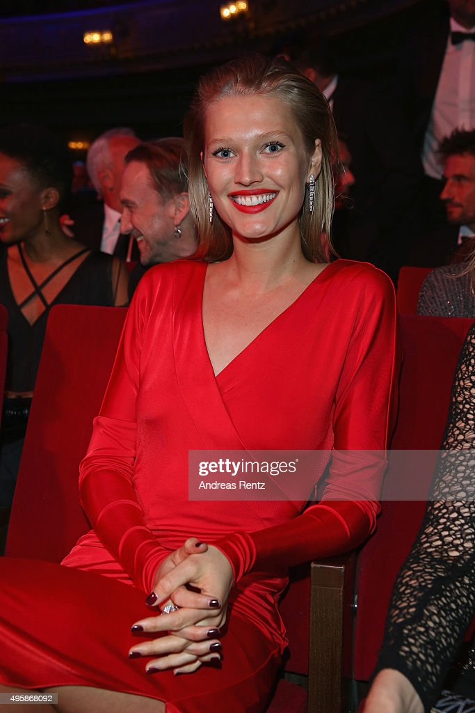 Toni Garrn attends at the GQ Men of the year Award 2015 at Komische Oper on November 5 2015 in Berlin Germany