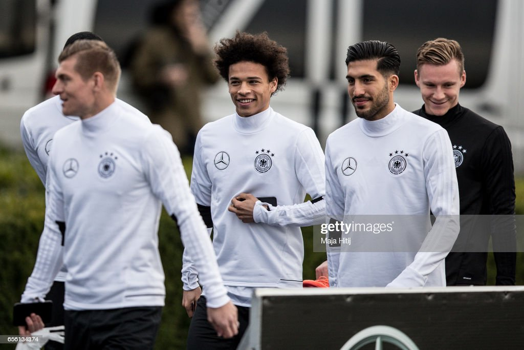 http://media.gettyimages.com/photos/toni-kroos-leroy-sane-emre-can-and-bernd-leno-arrive-to-a-training-of-picture-id656134374?k=6&m=656134374&s=594x594&w=0&h=FAdjZqkr9viebSdURX9n4esQY4lQ4yPxXQEEoeVxN1o=