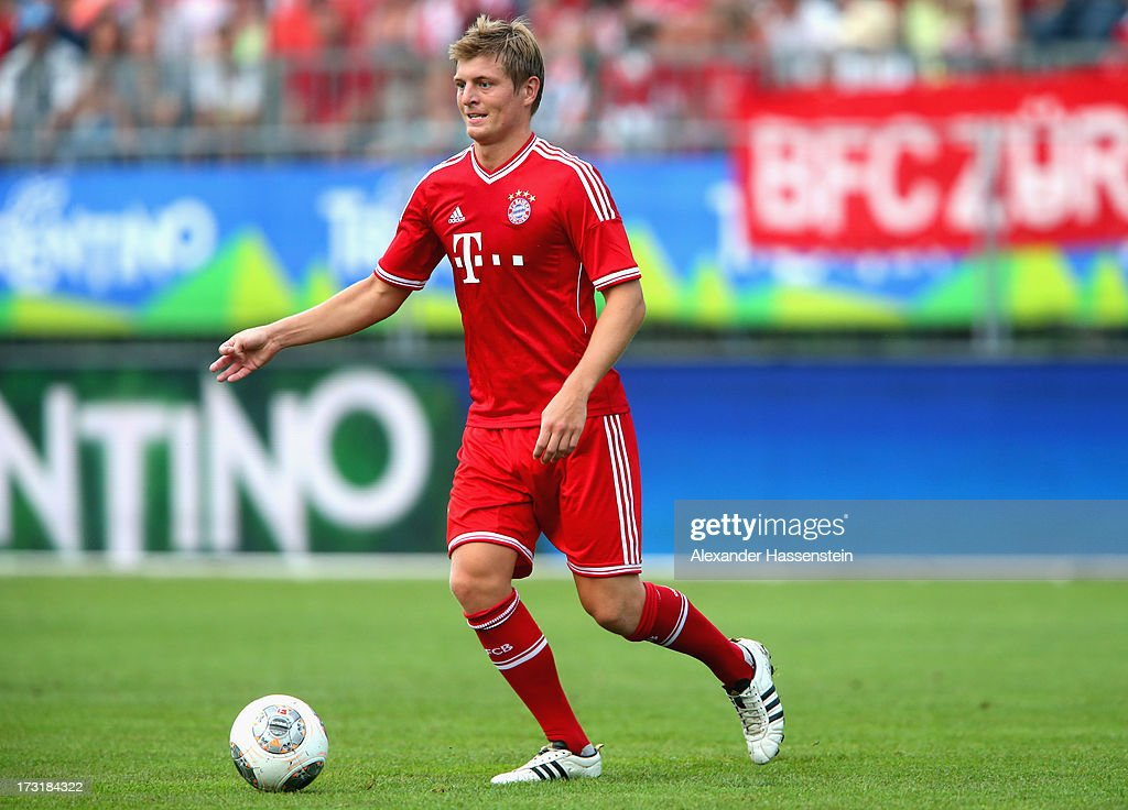 <a gi-track='captionPersonalityLinkClicked' href=/galleries/search?phrase=Toni+Kroos&family=editorial&specificpeople=638597 ng-click='$event.stopPropagation()'>Toni Kroos</a> of Bayern Muenchen runs with ball during the friendly match between Brescia Calcio and FC Bayern Muenchen at Campo Sportivo on July 9, 2013 in Arco, Italy.