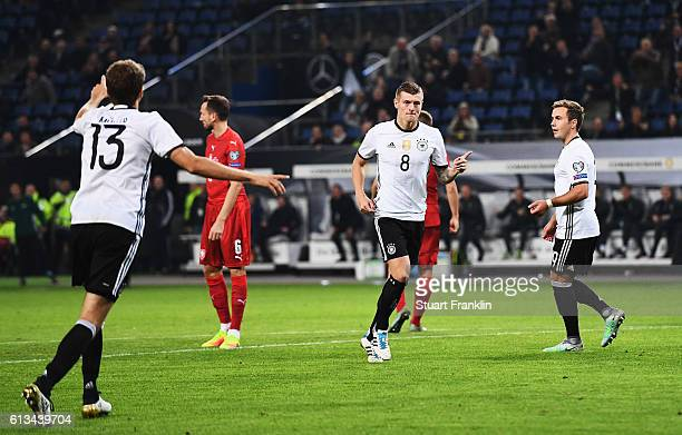 Toni Kroos of Germany celebrates scoring his goal ring the 2018 FIFA World Cup Qualifier match between Germany and Czech Republic at Volksparkstadion...