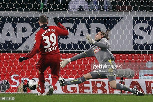 Toni Kroos of Leverkusen scores his team's second goal against goalkeeper Timo Hildebrand of Hoffenheim during the Bundesliga match between 1899...