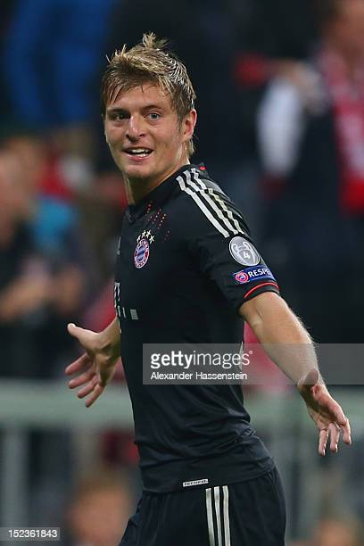 Toni Kroos of Muenchen celebrates scoring the 2nd team goal during the UEFA Champions League group F match between FC Bayern Muenchen and Valencia CF...
