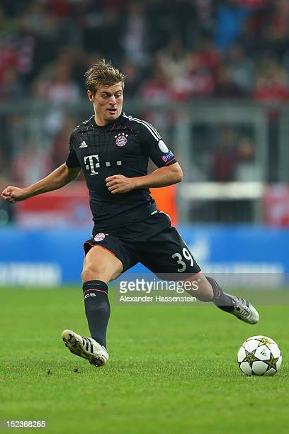 Toni Kroos of Muenchen runs with the ball during the UEFA Champions League group F match between FC Bayern Muenchen and Valencia CF at Allianz Arena...