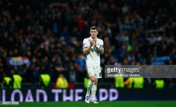 Toni Kroos of Real Madrid applauds the crowd after the UEFA Champions League Round of 16 first leg match between Real Madrid CF and SSC Napoli at...