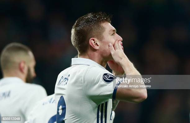 Toni Kroos of Real Madrid celebrates as he scores their second goal during the UEFA Champions League Round of 16 first leg match between Real Madrid...