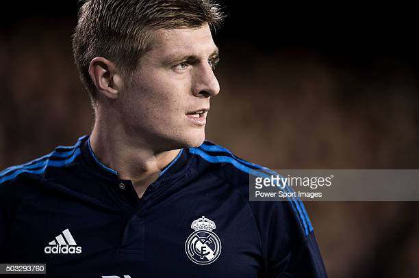 Toni Kroos of Real Madrid CF looks on during the Valencia CF vs Real Madrid CF as part of the Liga BBVA 20152016 at Estadi de Mestalla on January 3...