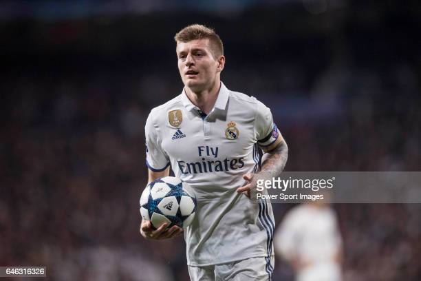 Toni Kroos of Real Madrid during the match Real Madrid vs Napoli part of the 201617 UEFA Champions League Round of 16 at the Santiago Bernabeu...