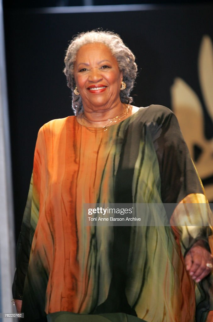 <a gi-track='captionPersonalityLinkClicked' href=/galleries/search?phrase=Toni+Morrison&family=editorial&specificpeople=213946 ng-click='$event.stopPropagation()'>Toni Morrison</a>