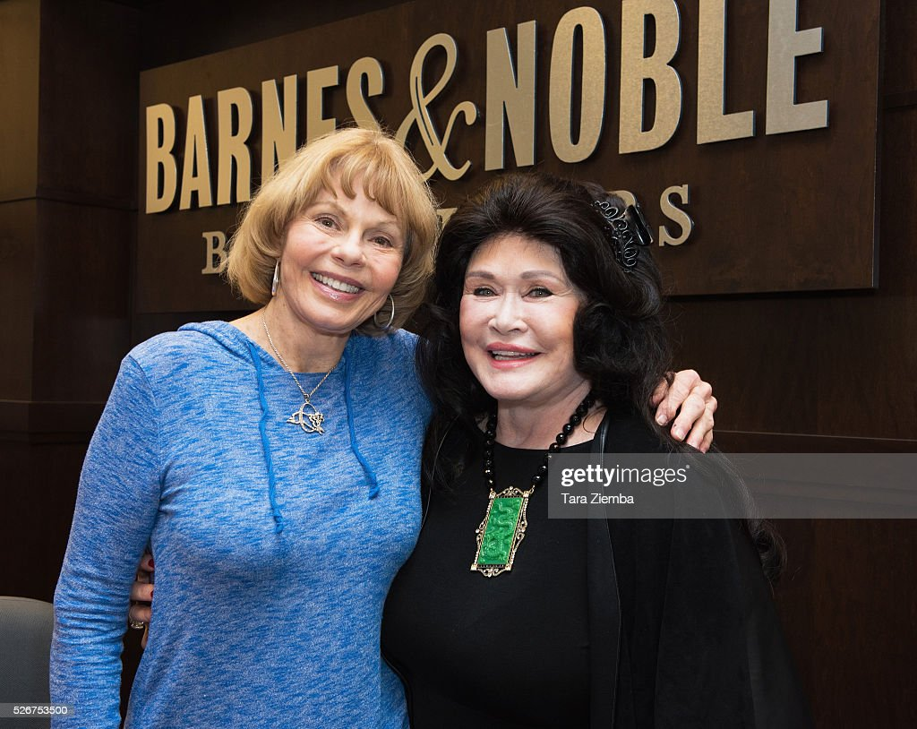 Toni Tennille and Barbara Van Orden pose for a photo at Barnes & Noble at The Grove on April 30, 2016 in Los Angeles, California.