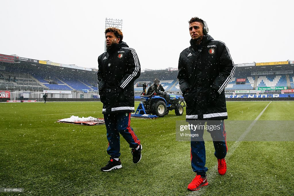 Tonny Vilhena of Feyenoord, Bilal Basacikoglu of Feyenoord during the Dutch Eredivisie match between PEC Zwolle and Feyenoord Rotterdam at the IJsseldelta stadium on February 14, 2016 in Zwolle, The Netherlands