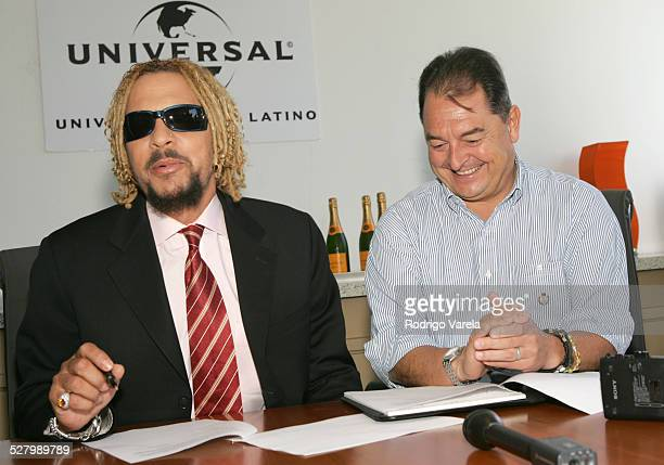 Tono Rosario and John Echevarria president of Universal Music Latino