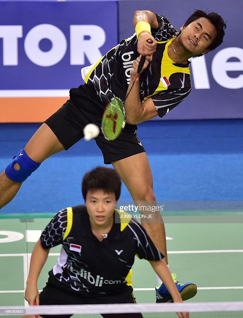 Tontowi Ahmad top of Indonesia hits a return as partner Liliyana