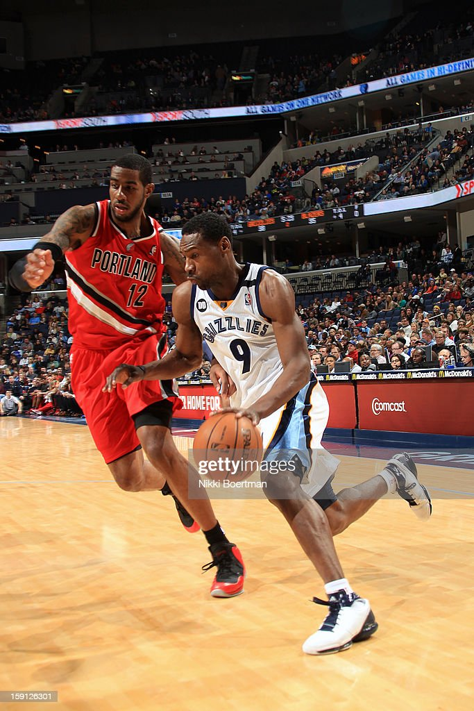 <a gi-track='captionPersonalityLinkClicked' href=/galleries/search?phrase=Tony+Allen+-+Basketball+Player&family=editorial&specificpeople=201665 ng-click='$event.stopPropagation()'>Tony Allen</a> #9 of the Memphis Grizzlies drives to the basket around <a gi-track='captionPersonalityLinkClicked' href=/galleries/search?phrase=LaMarcus+Aldridge&family=editorial&specificpeople=453277 ng-click='$event.stopPropagation()'>LaMarcus Aldridge</a> #12 of the Portland Trail Blazers on January 4, 2013 at FedExForum in Memphis, Tennessee.