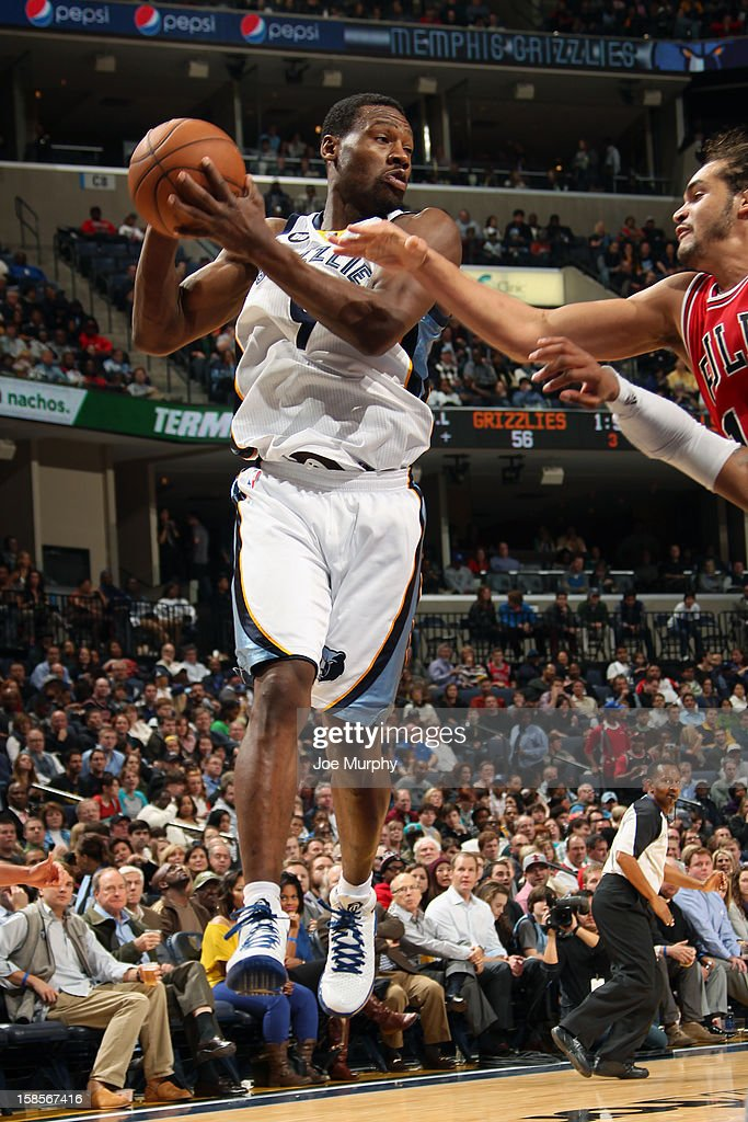 <a gi-track='captionPersonalityLinkClicked' href=/galleries/search?phrase=Tony+Allen+-+Basketball+Player&family=editorial&specificpeople=201665 ng-click='$event.stopPropagation()'>Tony Allen</a> #9 of the Memphis Grizzlies grabs a rebound against the Chicago Bulls on December 17, 2012 at FedExForum in Memphis, Tennessee.