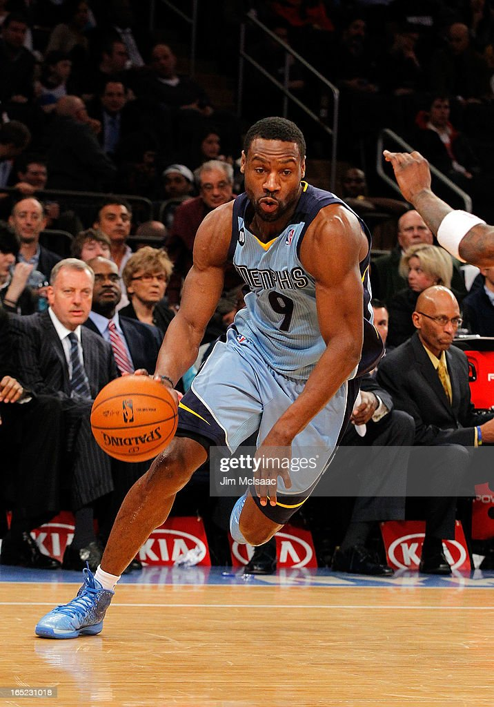 Tony Allen #9 of the Memphis Grizzlies in action against the New York Knicks at Madison Square Garden on March 27, 2013 in New York City. The Knicks defeated the Grizzlies 108-101.