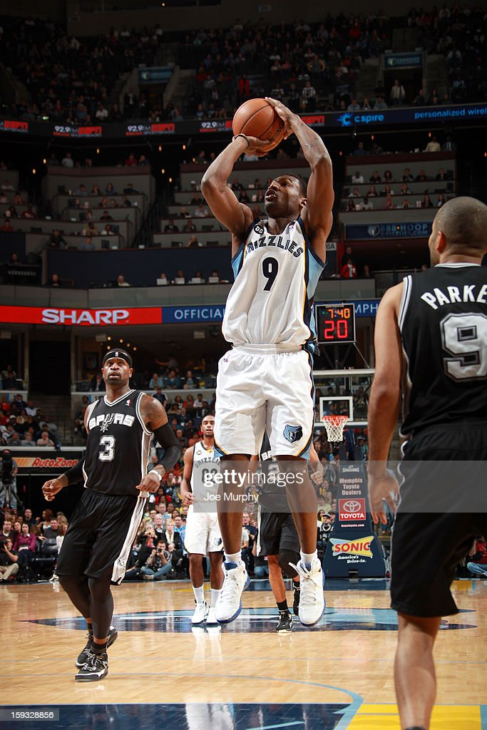 Tony Allen #9 of the Memphis Grizzlies shoots against the San Antonio Spurs on January 11, 2013 at FedExForum in Memphis, Tennessee.