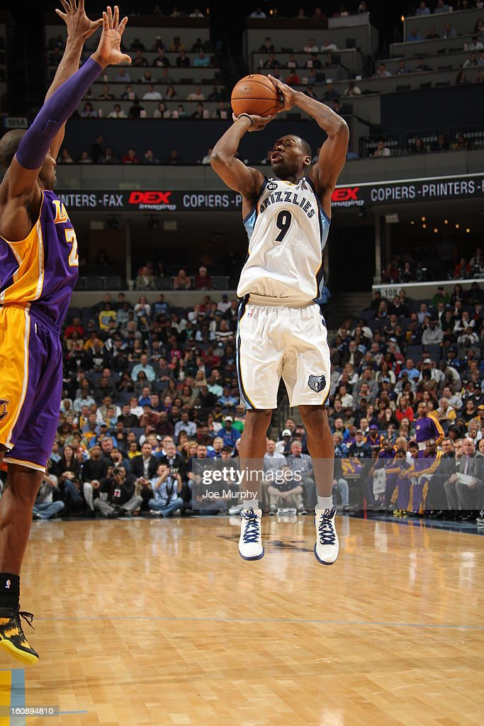 <a gi-track='captionPersonalityLinkClicked' href=/galleries/search?phrase=Tony+Allen+-+Basketball+Player&family=editorial&specificpeople=201665 ng-click='$event.stopPropagation()'>Tony Allen</a> #9 of the Memphis Grizzlies takes a shot against the Los Angeles Lakers on January 23, 2013 at FedExForum in Memphis, Tennessee.