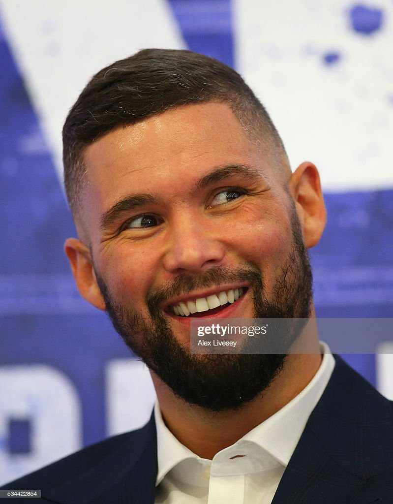 <a gi-track='captionPersonalityLinkClicked' href=/galleries/search?phrase=Tony+Bellew&family=editorial&specificpeople=2132983 ng-click='$event.stopPropagation()'>Tony Bellew</a> faces the media during a press conference ahead of his fight witn Ilunga Makabu at the Royal Liver Building on May 26, 2016 in Liverpool, England.