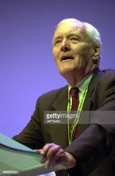 Tony Benn Ex MP speaking at the Labour Party ConferenceBrighton 2001