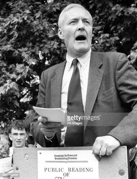 Tony Benn MP mouth open wide in full flow reading extracts of the banned book Spycatcher from the soapbox stand at Hyde Park as part of a...