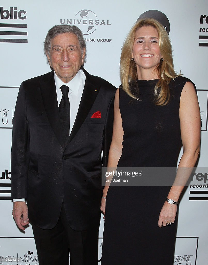 <a gi-track='captionPersonalityLinkClicked' href=/galleries/search?phrase=Tony+Bennett&family=editorial&specificpeople=160951 ng-click='$event.stopPropagation()'>Tony Bennett</a> and <a gi-track='captionPersonalityLinkClicked' href=/galleries/search?phrase=Susan+Crow&family=editorial&specificpeople=581586 ng-click='$event.stopPropagation()'>Susan Crow</a> attend the 2013 Amy Winehouse Foundation Inspiration Awards and Gala at The Waldorf=Astoria on March 21, 2013 in New York City.