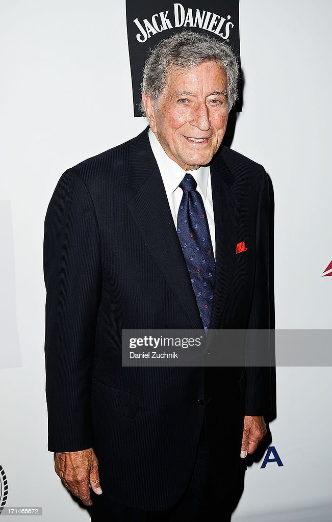 <a gi-track='captionPersonalityLinkClicked' href=/galleries/search?phrase=Tony+Bennett+-+Singer&family=editorial&specificpeople=160951 ng-click='$event.stopPropagation()'>Tony Bennett</a> attends The Friars Foundation 2013 Applause Award Gala honoring Don Rickles at The Waldorf Astoria on June 24, 2013 in New York City.