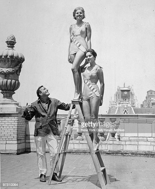 Tony Bennett with Miss Universe contestants Marie Louise Ekstrom Miss Sweden and Carmela Kunzel Miss Germany atop the Savoy Hotel