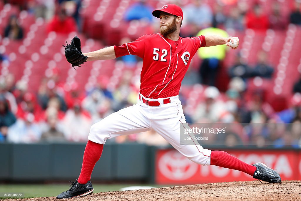 Tony Cingrani #52 of the Cincinnati Reds pitches against the San Francisco Giants in the seventh inning of the game at Great American Ball Park on May 4, 2016 in Cincinnati, Ohio. The Reds defeated the Giants 7-4.