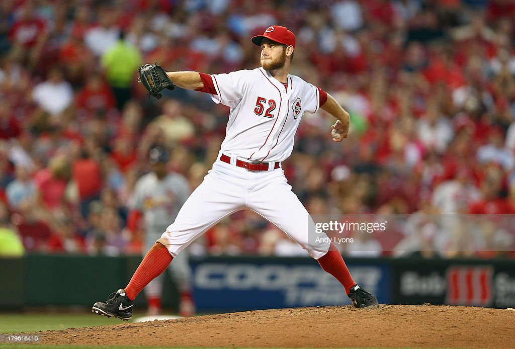 Tony Cingrani #52 of the Cincinnati Reds throws a pitch during the game against the St. Louis Cardinals at Great American Ball Park on September 5, 2013 in Cincinnati, Ohio.