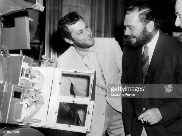 Tony Curtis and ernest borgnine in london