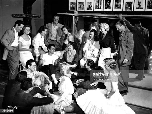 Tony Curtis and Julie Adams famous alumni of the School for Stars in Hollywood pay a visit to their old college and hold a class for the new...