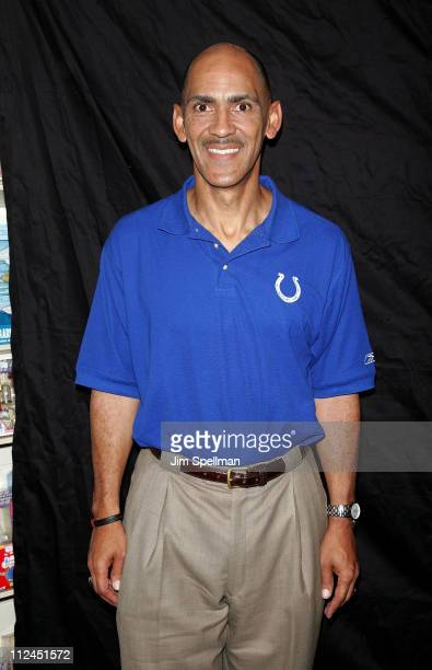 tony dungy quiet strength Tony dungy's success on the football field is well documented he led the colts to a super bowl victory, turned around the hapless tampa bucs and has been a positive influence on everyone he's been around.