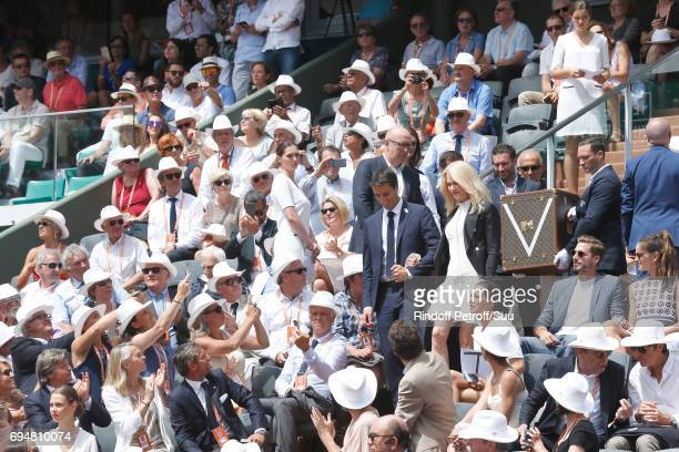 Tony Estanguet Nicole Kidman Football player Kevin Trapp and IIzabel Goulart attend Actress Nicole Kidman and Cochairman of the Organizing committee...