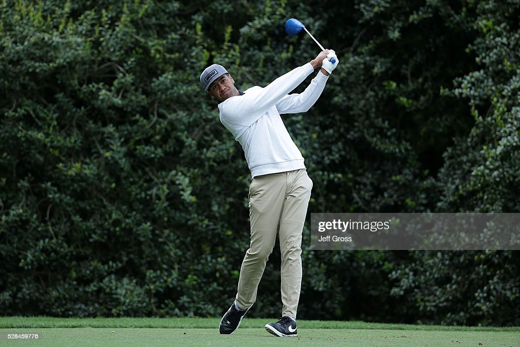 <a gi-track='captionPersonalityLinkClicked' href=/galleries/search?phrase=Tony+Finau&family=editorial&specificpeople=4460646 ng-click='$event.stopPropagation()'>Tony Finau</a> hits his tee shot on the 14th hole during the first round of the Wells Fargo Championship at Quail Hollow Club on May 5, 2016 in Charlotte, North Carolina.